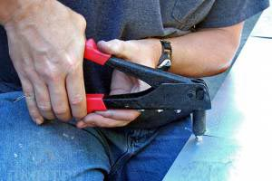 Заклепочный пистолет, заклепки - фото Как выбрать ручные заклепочные инструменты-2