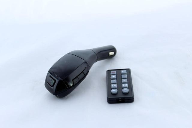 Автомобильный MP3 FM–модулятор, Трансмитер FM MOD. H20 + BT, ФМ Тансмитер, Модулятор в машину с пультом - фото 2