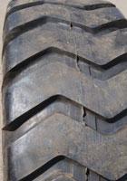 Шины с универсальным ненаправленным рисунком протектора E-3/L-3