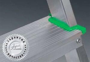Лестница-стремянка алюминиевая односторонняя многоцелевая Алюмет (Модель AM707), высота 1,45 м, 7 ступеней - фото pic_f9fdc203c714e79_700x3000_1.jpg