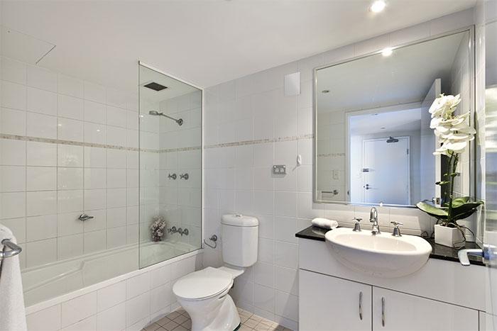 Установка Вентилятора в ванную комнату
