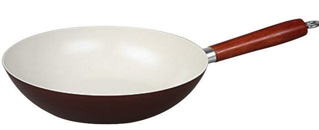 Сковороды с покрытием керамика - фото Как выбрать сковороду с керамическим покрытием – инструкция требовательному покупателю