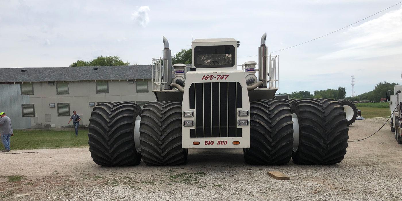 Шины производства Titan помогли вернуть к работе крупнейший в мире сельскохозяйственный трактор