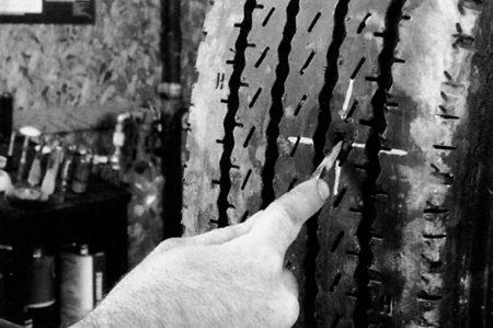 Ремонт радиальной грузовой покрышки с помощью грибка РМ3 Tech - фото Ремонт радиальной грузовой покрышки с помощью грибка РМ3 Tech