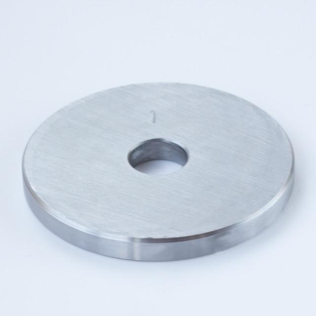 Блин для штанги или гантелей 1 кг металлический (млинець для штанги або гантелей металевий) - фото 1