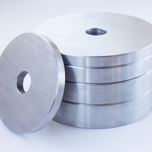 Блин для штанги или гантелей 10 кг металлический (диски утяжелители, млинець металевий) - фото 1