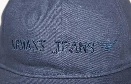Оригинальные кепки, бейсболки ARMANI. Недорогие бейсболки в наличии.  Код: КСМ53 - фото 1