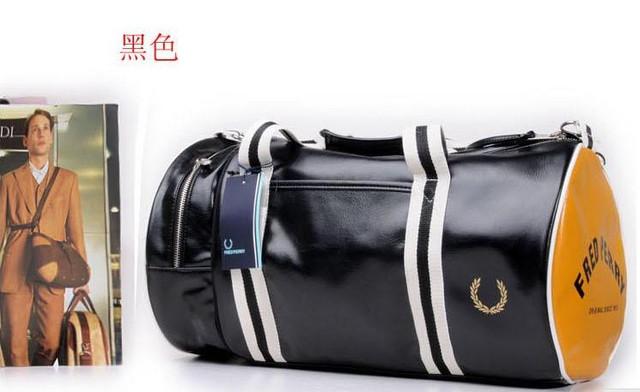 Спортивная сумка Fred Perry. Мужская сумка через плече. Сумка для спорта. Сумка мешок. Кожаная сумка. Код: КСС1-1 - фото 1