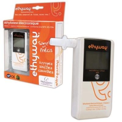 В компактной упаковке алкотестера Ethyway Вы найдете все необходимые принадлежности