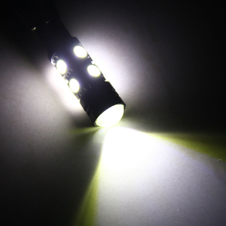 лампа автомобильная 8 SMD