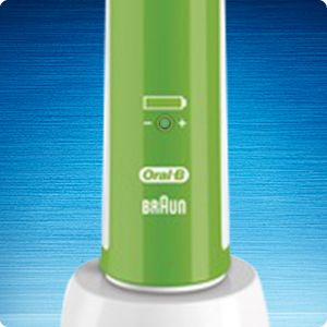 Електрична зубна щітка ORAL-B PRO 400 CROSSACTION - фото 5dc6-f886-4db4-95b2-a3fee72f545f_large.jpg