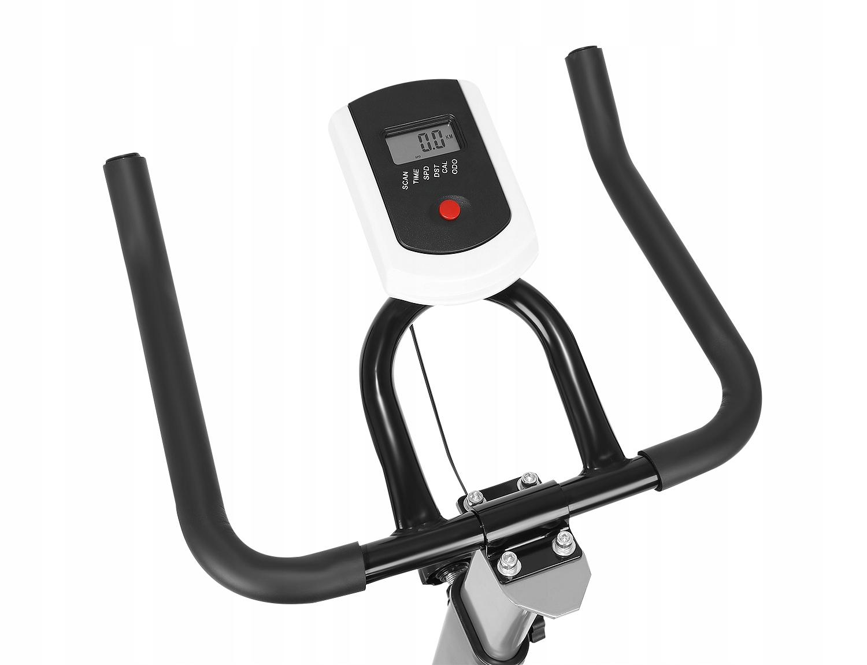 Велотренажер. Максимальный вес пользователя 120 кг.