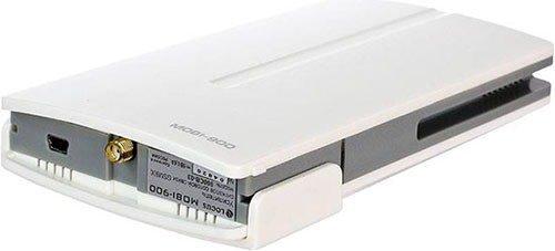 """Вся электроника усилителя GSM сигнала """"MOBI-900 Country"""" размещена в небольшом блоке, который устанавливается внутри помещения"""